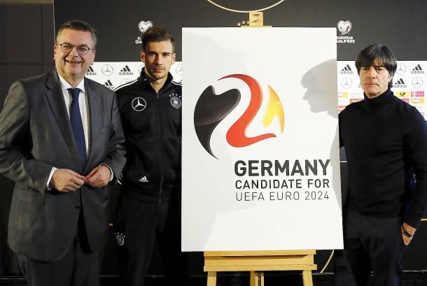 em-2024-logo-praesentiert.jpg