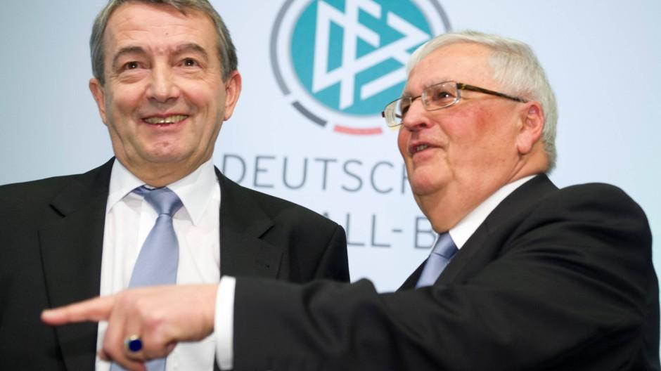 Das waren noch andere Zeiten: Wolfgang Niersbach (links) und Theo Zwanziger (Bild vom 2. März 2012).
