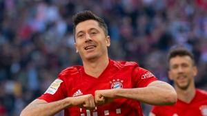 Die Abhängigkeit von Rekordmann Lewandowski