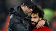 Zwei, die sich verstehen: Liverpool-Trainer Jürgen Klopp (links) und Mohamed Salah.