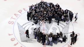 Die Los Angeles Kings gewannen 2012 den Stanley Cup - nun müssen auch sie warten