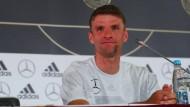 Nationalspieler Thomas Müller bei der Pressekonferenz in Sotschi.