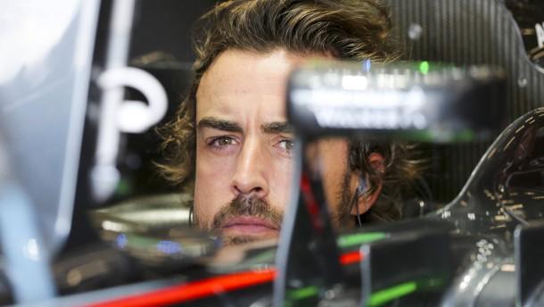 Alonso wirft den Handschuh