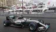 Im Fürstentum zum Sieg: Lewis Hamilton gewinnt einen turbulenten Grand Prix.