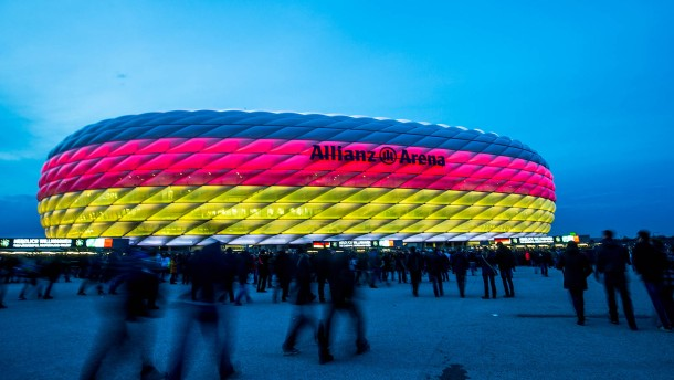 So kommen deutsche Fußballfans an Tickets