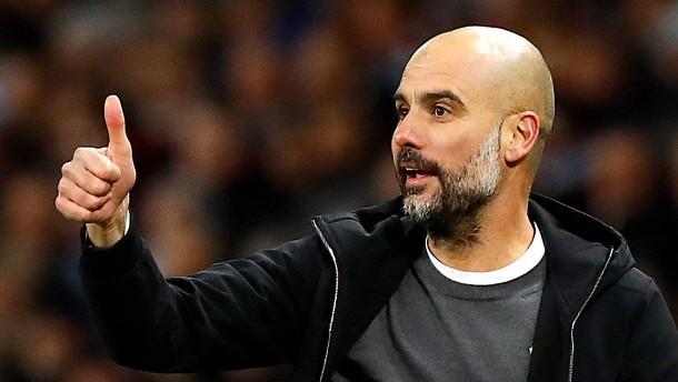 Blitztor hilft Guardiola und Manchester City