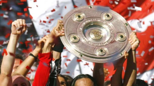 Stuttgarter Fußball-Helden im siebten Himmel