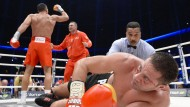 Klitschko boxt Pulew ins Krankenhaus