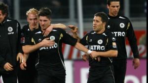 Rückschlag für Duisburg - Frankfurt nur 0:0