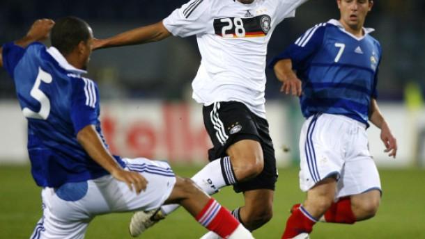 Deutsche Junioren nach Unentschieden in Not
