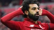 Mohamed Salah traf wieder für Liverpool und empfängt den Jubel der Fans.