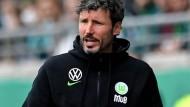 Mark van Bommel und dem VfL Wolfsburg unterlief ein schwerer Fehler.