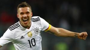 """Podolski sagt mit einem Knaller """"Tschö"""""""