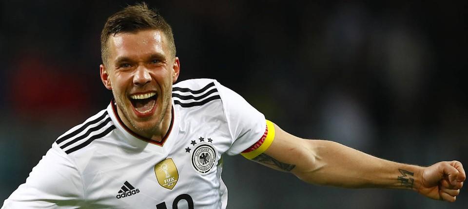 Deutschland Besiegt England Durch Tor Von Lukas Podolski