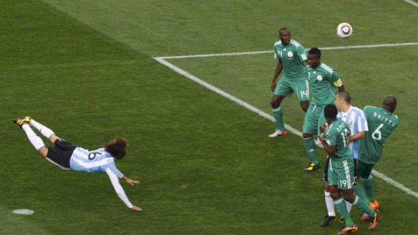 Heinzes Flug bringt Argentiniens Sieg
