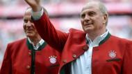 Sagt Servus: Bayern-Präsident Hoeneß hat seinen Nachlass geordnet und freut sich auf das Unbekannte.