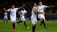 Sevilla stürmt erst im zweiten Durchgang