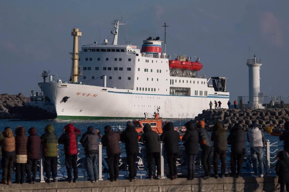 120 Künstler waren an Bord des Schiffes.