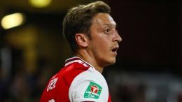 Özil nicht mal im Kader – Arsenal patzt