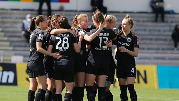 Perfekter Saisonstart für Eintracht-Frauen