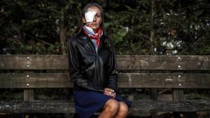 Erblindete Zuschauerin spricht über Todesängste