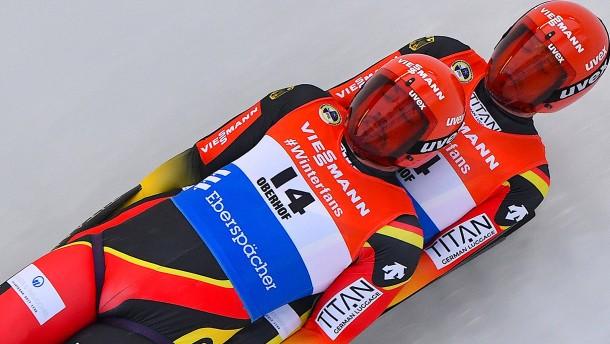 Deutsche Rodler gewinnen EM-Gold