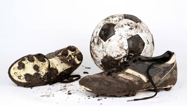 Wie schmutzig  ist der Fußball?