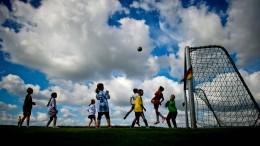 98 Prozent vermissen den kleinen Fußball