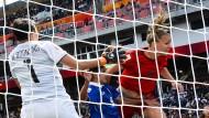 Deutsche Fußballfrauen dank Lufthoheit Gruppensieger