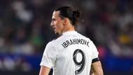 Ibrahimovic trifft Ronaldo