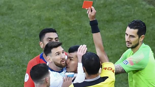 Messi sieht Rot und ist nicht mehr zu halten