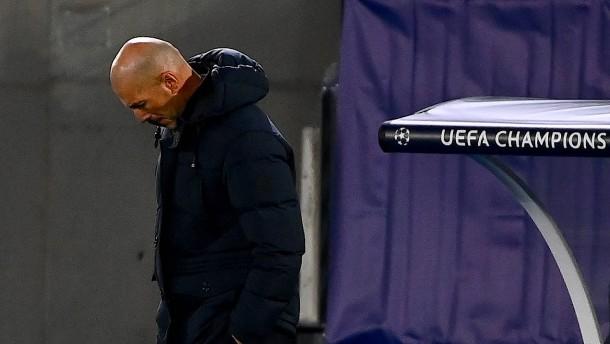 Real Madrid wankt vor dem Clásico