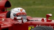 In den Fängen einer Legende: Sebastian Vettel dreht erste Runde in einem Ferrari