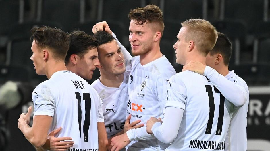 Mit Köpfchen: Nico Elvedi erzielte das 1:0 für Borussia Mönchengladbach.