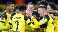 Dortmund wie es siegt und lacht: Der BVB ist weiterhin Erster der Bundesliga.
