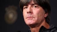 Trotz des sportlichen Misserfolgs ist Joachim Löw weiter Bundestrainer.