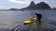 Rios Symbole: Der Zuckerhut für die Postkarte, Viren und Bakterien für Sportler und Anwohner