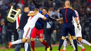 """""""Das alles gehört nicht zum Fußball!"""""""