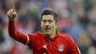 """""""Die Anzahl an Spielern ist genau richtig"""": Bayern-Torjäger Robert Lewandowski."""