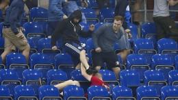 Wüste Prügelszenen nach dem Schalker Pokalspiel