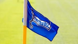 Vereine schicken Fußball-Profis ins Home-Office