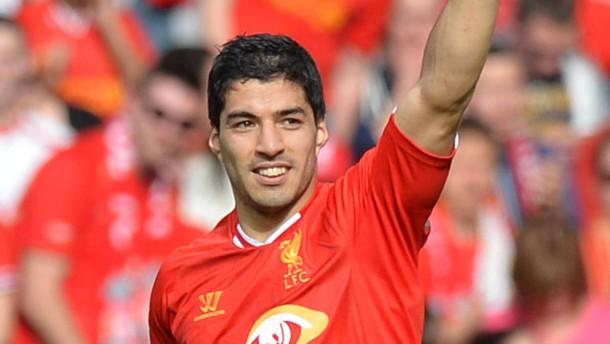 Liverpool Spitzenreiter - Magath in Not