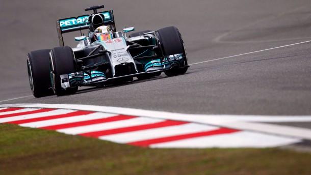 Hamilton ist in China nicht zu bremsen