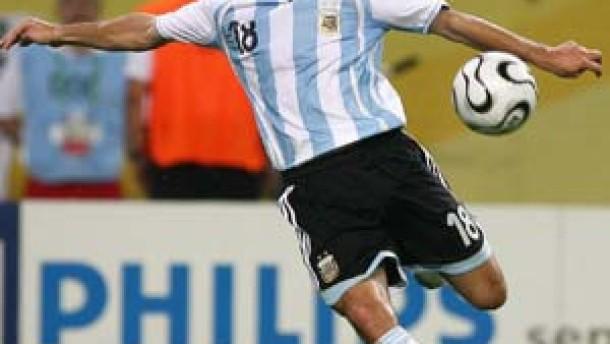 Argentinien zum ersten Mal auf Platz eins