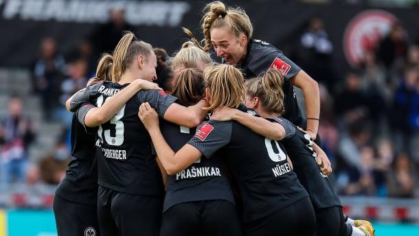 Eintracht Frankfurt schlägt wieder den FC Bayern