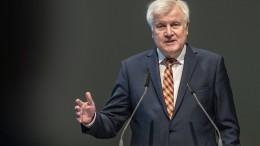 Seehofer stellt Sport-Milliardenprogramm in Aussicht
