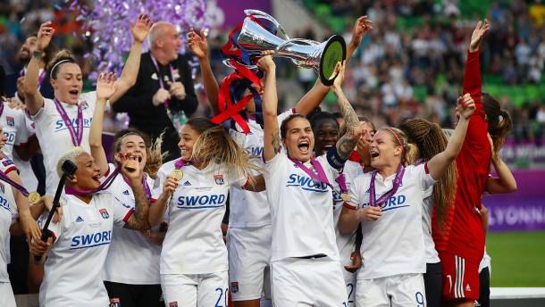 Olympique Lyon gewinnt mühelos