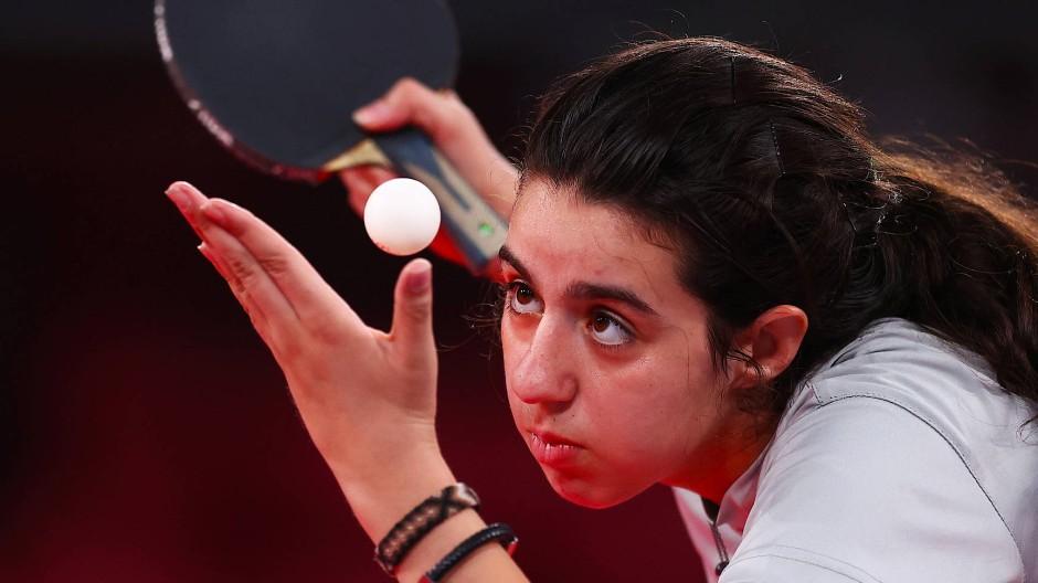 Die erst zwölf Jahre alte Hend Zaza aus Syrien scheidet früh aus.