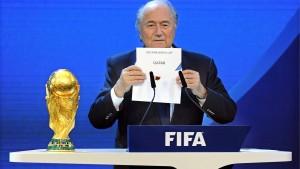 Blatter sieht Fußball als Opfer der Politik