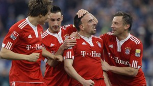 Zehn Bayern erobern die Spitze